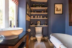 Monkey Room Bathroom